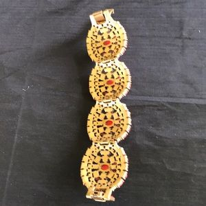 Jewelry - Coral braclet